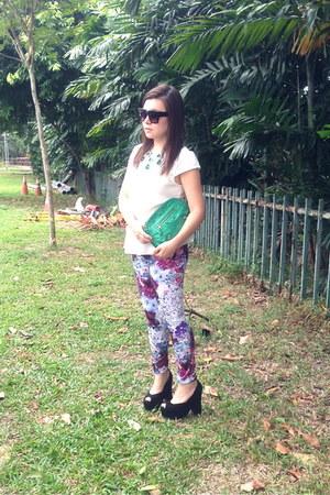 H&M leggings - H&M blouse - H&M x Anna Della Russo necklace