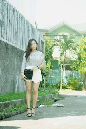 black sm parisian heels - white thrifted shorts - heather gray Shopaholic top