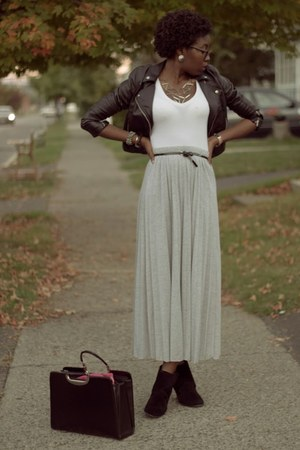 heather gray pleated maxi PacSun skirt - black leather H&M jacket