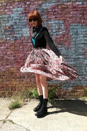 pink vintage skirt - black altama boots - black Wet Seal cardigan