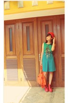red bowler hat hat - salmon litha boots June  Julia boots - green top top