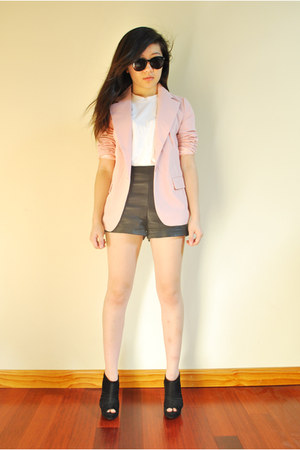light pink Forever21 blazer - black leather shorts Forever21 shorts