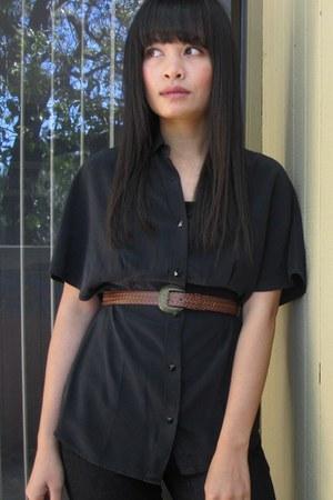 black silk Aritzia blouse - crimson thrifted purse - camel Forever 21 wedges
