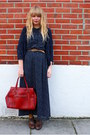Brown-next-shoes-navy-dahlia-dress-ruby-red-cotton-fields-vintage-bag