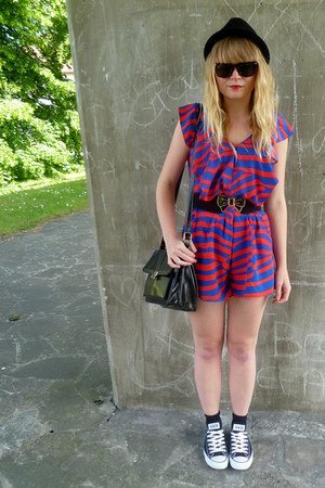 Converse shoes - bow asos belt - red and blue H&M romper