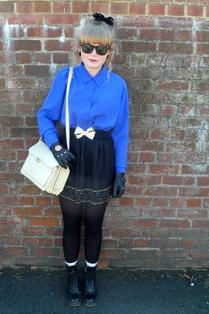 blue vintage blouse - cream thrifted Jane Shilton bag - black Forever 21 skirt