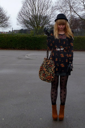 next top - Topshop skirt - new look bag - Forever 21 jacket - Primark gloves