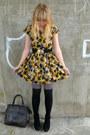 Yellow-dahlia-dress-heather-gray-asos-tights-black-socks-brown-vintage-bag