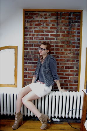 gray faux Wetseal vest - beige f21 shoes - gray bycorpus sweater