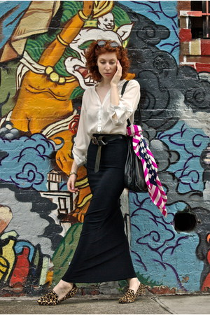 black thrifted skirt - hot pink Vintage YSL scarf - black intermix bag