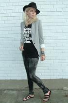 Stetson hat - Zara jeans - Zara blazer