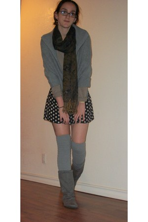 gray xhiliration boots - light brown sweater - navy shorts - gray Mossimo cape