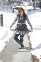 blue Target tights - gray Forgot boots - gray Vintage from Buffalo dress - red v