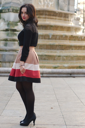 hot pink Zara skirt