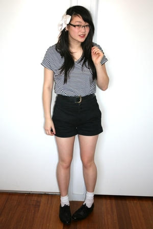 white thrifted t-shirt - black Living Doll shorts - black thrifted shoes - black