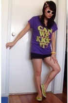 Insight t-shirt - Dotti shorts - Keds shoes - sunglasses