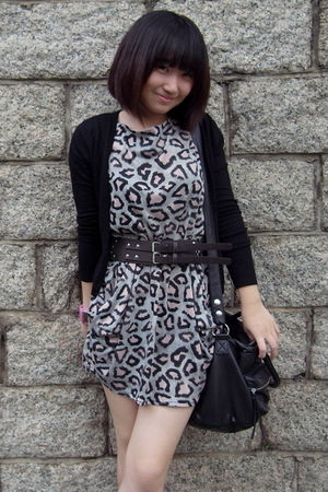 black H&M bag - black Zara cardigan - brown belt - dress