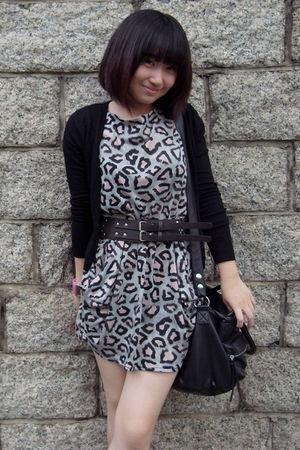 black H&M bag - black Zara cardigan - brown belt - dress