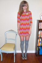 heather gray thrifted vintage dress - heather gray Betsey Johnson socks - tan ki