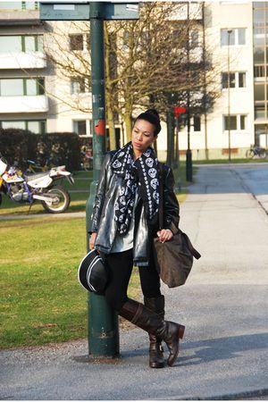 brown custom-made Soule Phenomenon boots - black H&M jeans - black hat