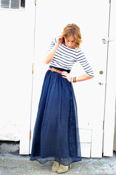 navy maxi Line & Dot skirt - light brown madewell boots - brown vintage belt