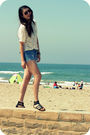 White-queens-wardrobe-top-blue-diy-shorts-brown-from-bali-bracelet-black-b