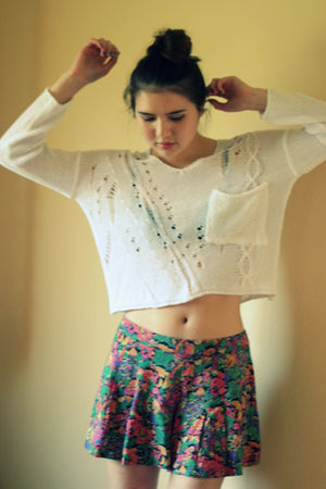 white storets sweater - pink Forever 21 shorts