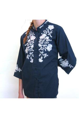 navy Caro of Honolulu blouse