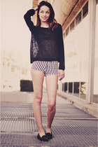 black sam edelman shoes - white H&M shorts - black H&M blouse