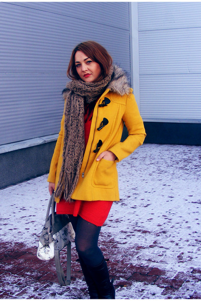 mustard H&amp;M coat - red H&amp;M dress - charcoal gray H&amp;M tights - navy daichman bag