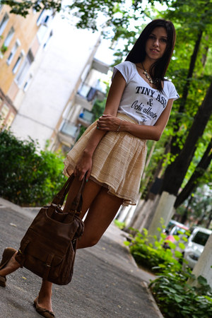 white No eye patch t-shirt - brown Zara shoes - nude Bershka skirt