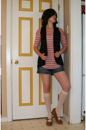 Old Navy shoes - decree shirt - Maurices shorts - julies closet vest