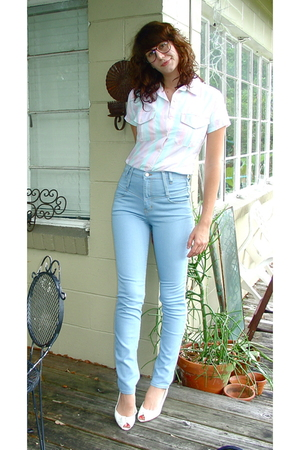 vintage blouse - silence and noise jeans - vintage shoes