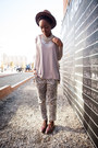 Beige-t-shirt-off-white-dalmatian-print-pants-silver-coin-bib-necklace