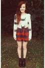 Black-h-m-boots-sheinside-sweater-ruby-red-thrift-shorts