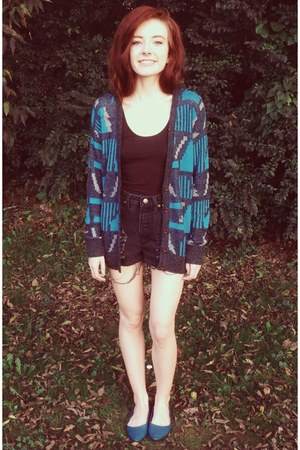 teal Forever 21 cardigan - black high waisted Jeanology shorts