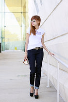 Gucci belt - Michael Kors jeans - Aldo bag - Forever 21 t-shirt