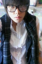 Ray Ban glasses - Bossini scarf - Singapore coat -  top