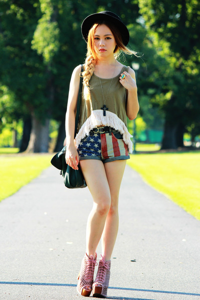 Topshop shorts - pink Jeffrey Campbell boots - forest green H&M bag