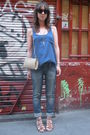 Blue-oysho-t-shirt-blue-blanco-jeans-beige-vintage-from-templo-de-susu-acces