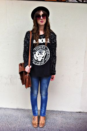 black Zara cardigan - black vintage ramones shirt - brown vintage bag - brown Za