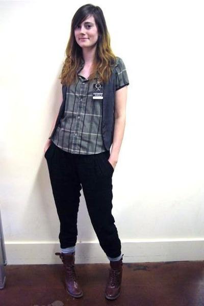 army green top - charcoal gray vest - black pants - crimson boots - gray socks