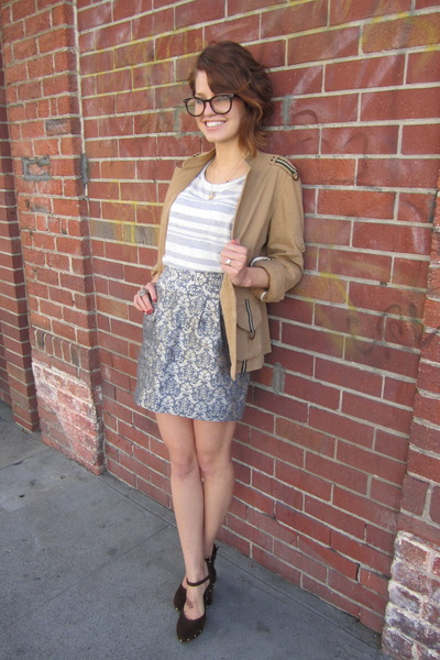 silver Kimchi Blue skirt - camel Laundry by Shelli Segal jacket
