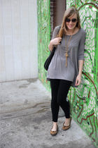 gray H&M shirt - black Charlotte Russe leggings - black linea pelle purse - brow