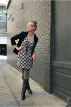 gray Shopmamie dress - black Uniqlo blazer - gray Urban Outfitters tights - blac