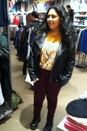 maroon Forever 21 jeans