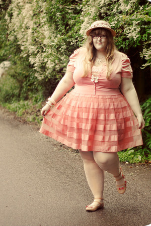 cream River Island hat - peach H&amp;M skirt - nude asos flats - light pink Monsoon 