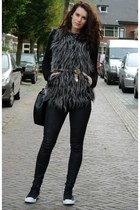 faux fur Fashion Union vest