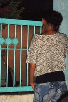 off white leopard print Victorias Secret shirt - blue studded denim Old Navy sho