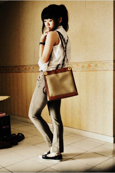 Denim Brown Skirt Sleveless White Top Celine Vintage Postman Bag Brown Accessories Zara Trf Flats Black Shoes